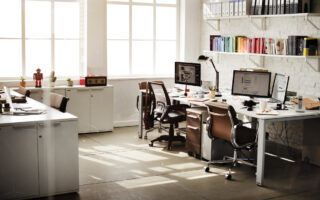 It can be difficult to know what to decorate and furnish a home office with. Help is here! Which types of office desk are there, and how can you choose?